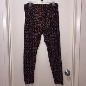 Lularoe Leggings with heart prints